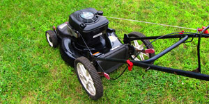 gas lawn mower deck size