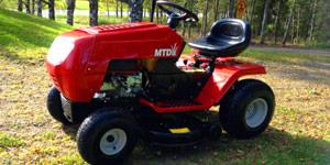 garden lawn tractor horsepower engine torque